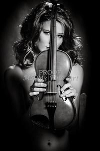224.1854 Violin Musician Black and White