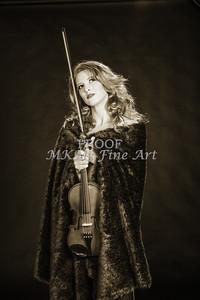 200.1854 Violin Musician Black and White