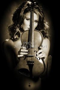 223.1854 Violin Musician Black and White