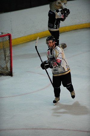 Vipers v Steelers Sun 13th March 2011