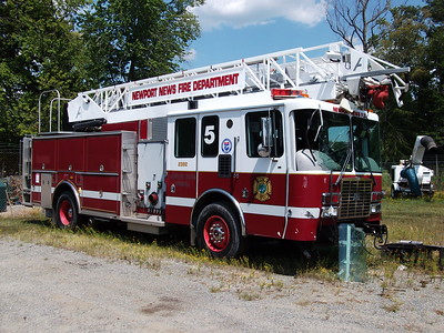 ex Ladder 5 at shop in 2012 being used for parts