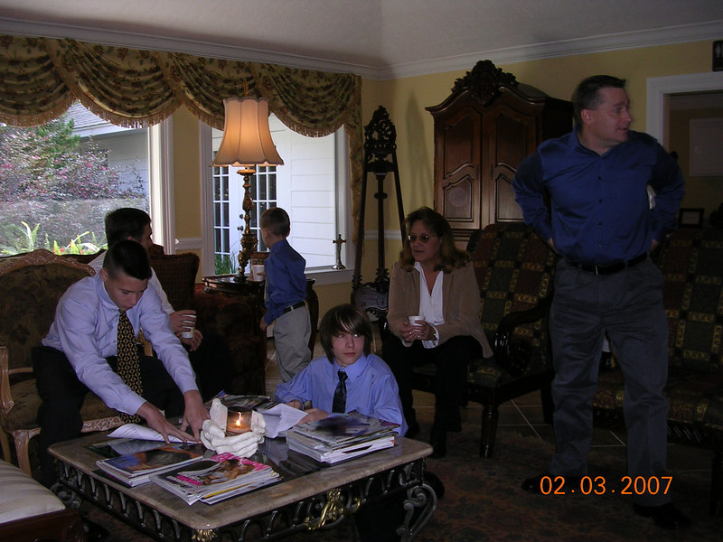 Hayden, Danny Jr., Cole, Connor, Margaret, and Chris at the Funeral Home.  Cypress Fairbanks Funeral Home.