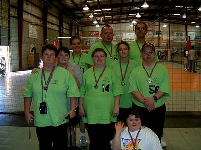2004 Volleyball Team