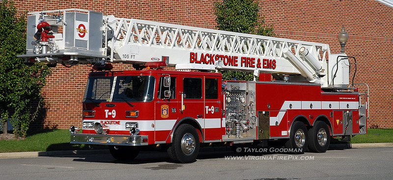 Blackstone VFD<br /> Nottoway County, VA<br /> Truck 9<br /> Pierce Arrow 100' rear-mount tower ladder<br /> (ex Tarpon Springs, FL)