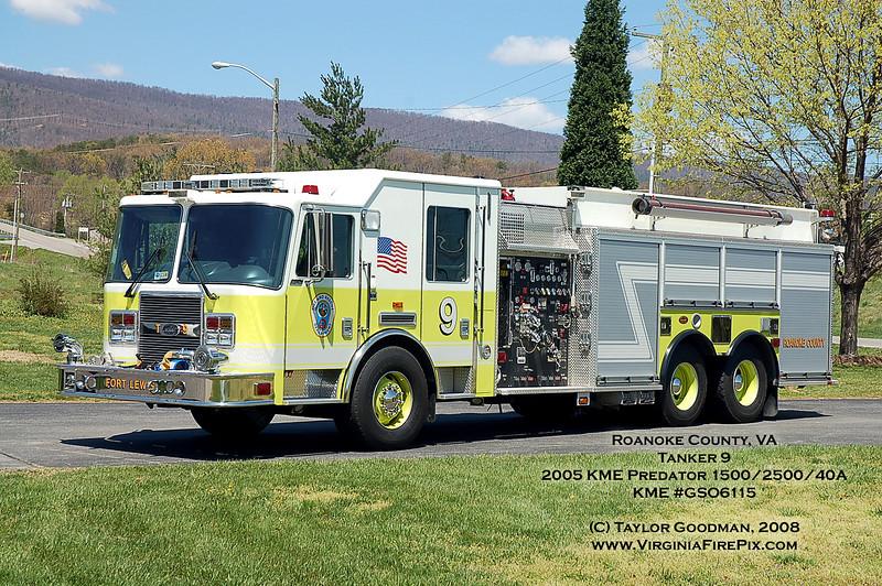 Roanoke County, VA<br /> Company 9 - Fort Lewis<br /> Tanker 9<br /> 2005 KME Predator 1500/2500/40A<br /> KME GSO6115