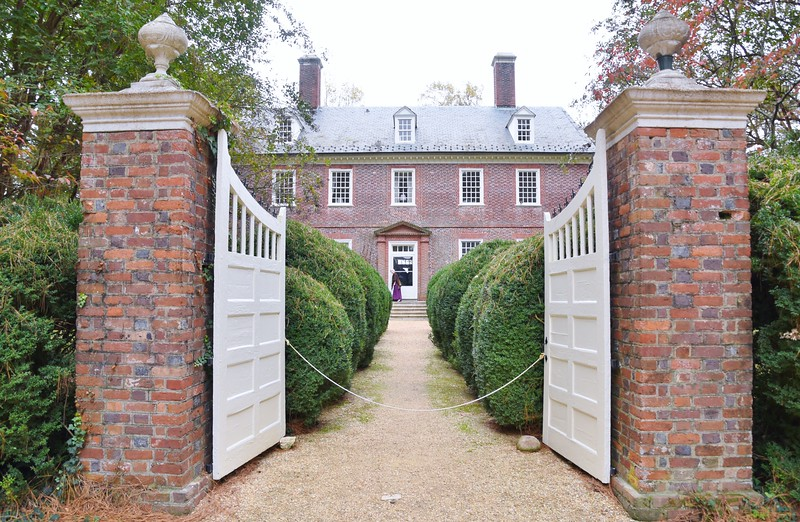 Berkeley Plantation was originally called Berkeley Hundred and named after the Berkeley Company of England. The house is surrounded by boxwood hedges forming allees, large pillars with decorative spires support large hinged gates.