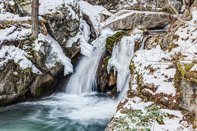 Cascades Gorge in Winter 2014