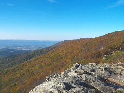 view from Crescent Rock overlook