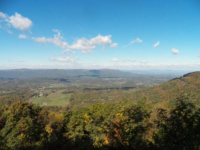 view from unnamed overlook at the north end of Skyline Drive, Shenandoah National Park, October 16, 2015