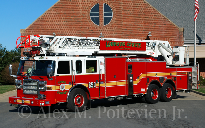 Loudoun County Fire Rescue<br /> Truck-690<br /> 2008 Pierce Dash 100'<br /> Photo by: Alex M. Poitevien Jr.