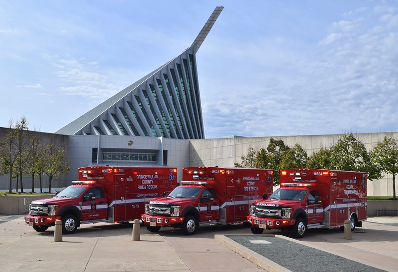 Medics 507 (Lake Jackson), 523 (River Oaks), and 524 (Antioch) photographed in 11/19 shortly after being delivered at the Marine Corps Museum in Quantico, VA.  All are 2019 Ford F-550/Braun Super Chief XL I's.
