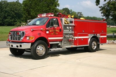 Keeling, VA Fire 422 is a 2001 Ford F750/E-One with a 1250/1000.  E-One serial number 124592.
