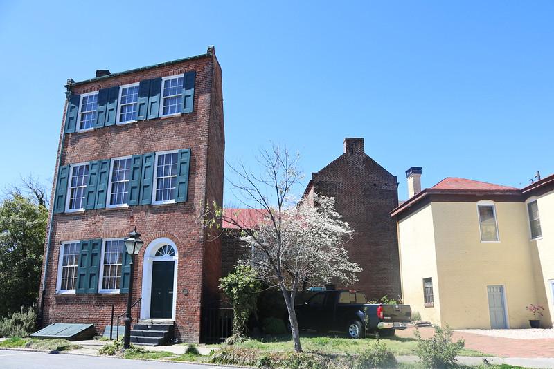 Trapeziium House