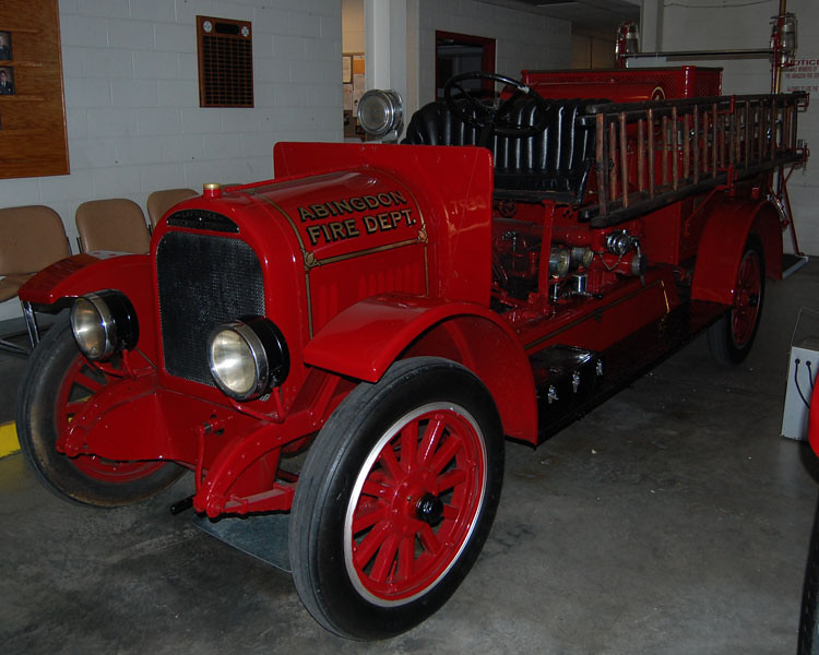 """Parade Engine 1"""