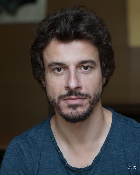 Adrien Michaux, comédien - Troyennes