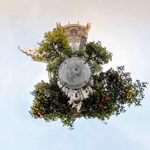 Visions-Catedral-de-Sevilla-El-Patio-de-los-Naranjos-2