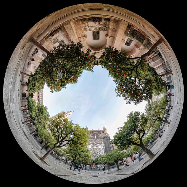 Visions-Catedral-de-Sevilla-El-Patio-de-los-Naranjos-3
