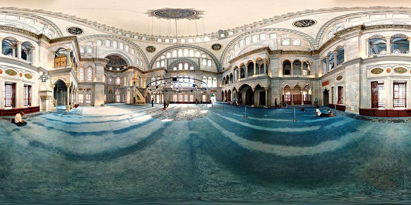 Visions-Istanbul-Nuruosmaniye-Mosque-5