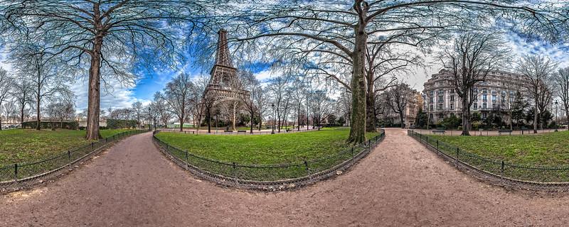 Eiffel Tower – (Allée des Refuzniks – Allée Leon Bourgeois)