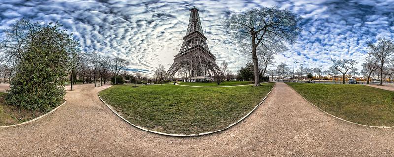 Eiffel Tower – (Quai Branly – Allée Jean Paulhan)