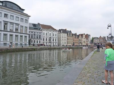 Gent - Rechts: Graslei, links: Korenlei