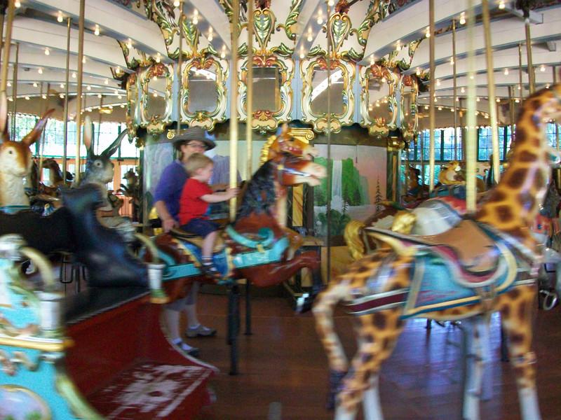 09 2010 San Francisco Zoo carousel
