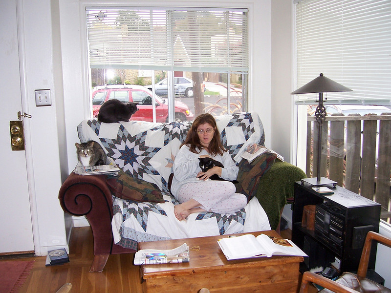 10/04 Richmond Jen and the cats