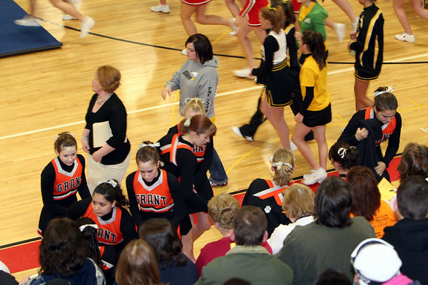 013107_CompCheerLeagueGrantRound3_077