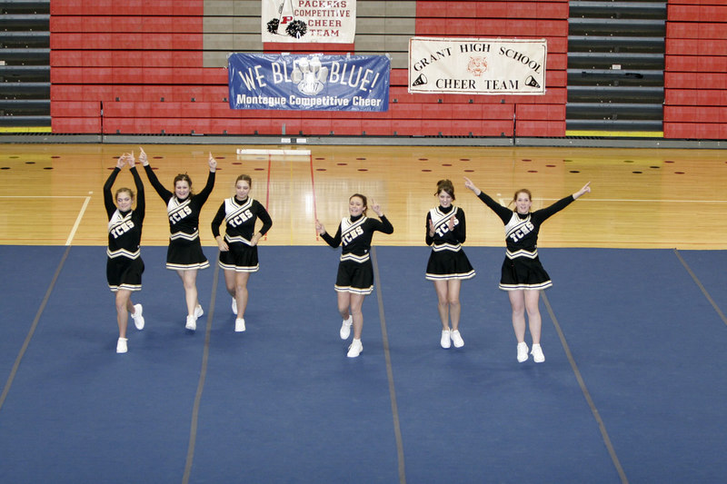 013107_CompCheerLeagueTriCountyJVRound2_015