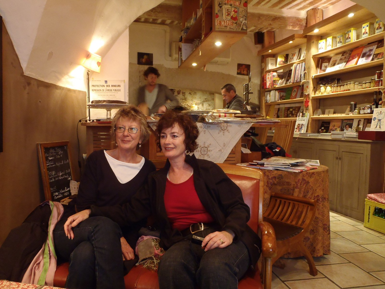 Sheryl and Elsa, Lourmarin