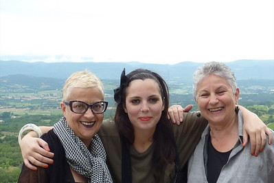 Sue, Anna, Lu