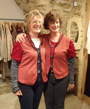 Identical twins, Sheryl and Elsa, Lourmarin