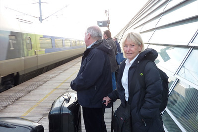Duncan and Rhonda, TGV station Avignon