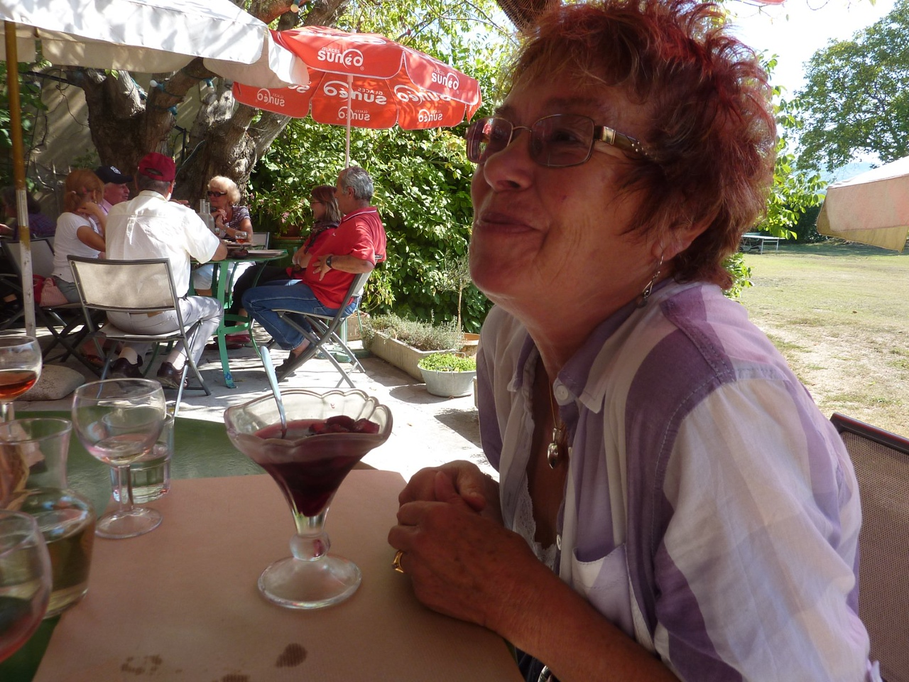 Sue Ryan, Cafe de la Gare, Bonnieux