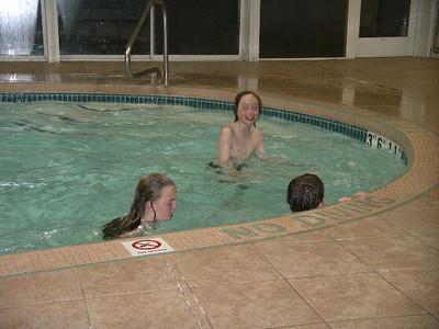 Swimming at Holiday Inn 2007