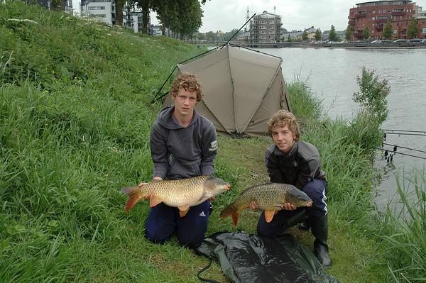 2007-07-13 Nachtvissen Alwin en Jeroen