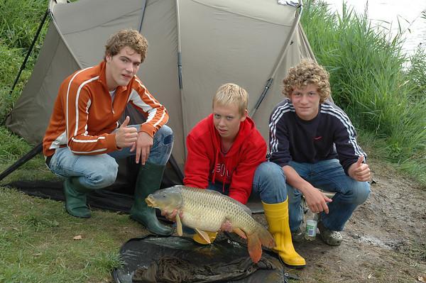 2007-08-30 nachtvissen met Vincent Groen