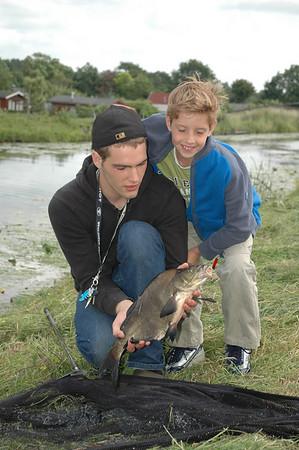 2008-06-10 Thijs en Gerco gaan vissen