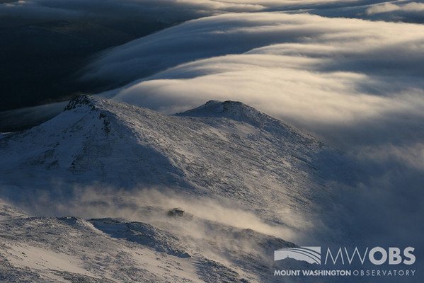Looking towards Lake of the Clouds Hut (AMC) and Mt Monroe as undercast creeps in.