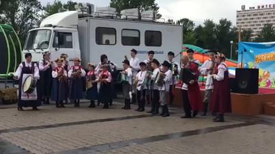 Russian Brides Matchmaking: A Belarus Bride Russian Matchmaking.  Slavic Bazaar Vitebsk Belarus.