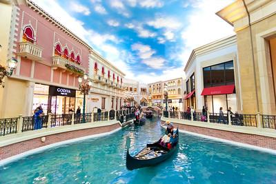 LAS VEGAS Venetian Hotel The Canals (4)