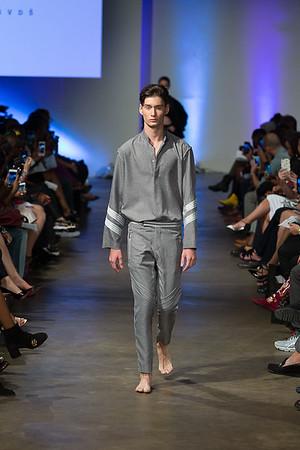 Ragtrade Fashion Show 2017 - Designer: VizuvlGvds