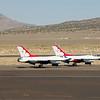 Twee van de 6 Thunderbirds