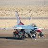 Werk aan de F16 van de Thunderbirds