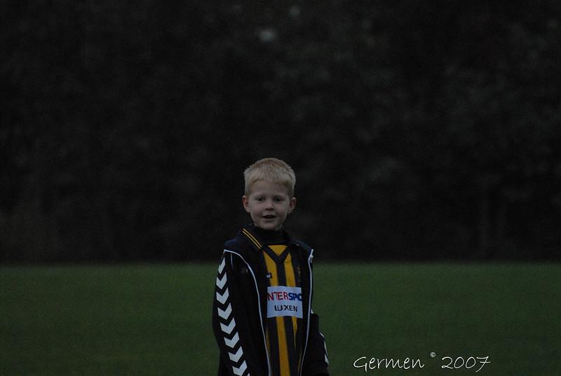 Voetbalwedstrijd Joure SC F2 tegen Frisia F3