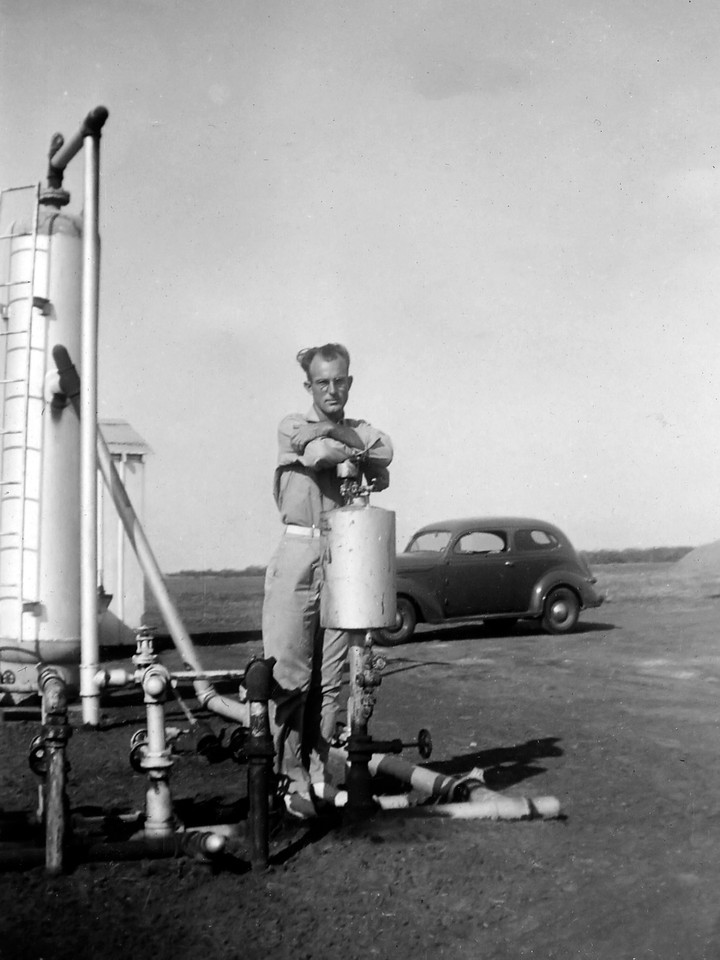 Working Oil Lease Near Corpus Christie, 1938