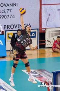 Goran Vujevic battuta (Perugia) SIR Safety Perugia - Copra Elior Piacenza >  8ª Giornata di ritorno, Campionato Italiano di Volley Maschile, Serie A1, 2012/13