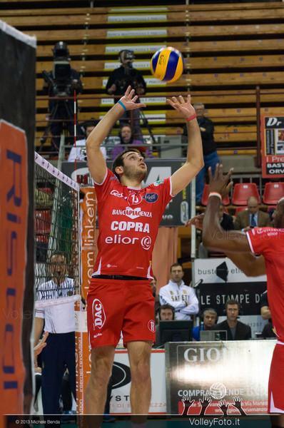 DE CECCO Luciano (Piacenza) alza la palla