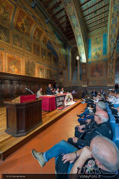 2013.10.14 Presentazione in Comune SIR Safety Banca di Mantignana Perugia (id:_MBD0158)