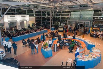 2013.10.14 Presentazione aperitivo presso Autocentro Giustozzi: SIR Safety Banca di Mantignana Perugia (id:_MBD0335)